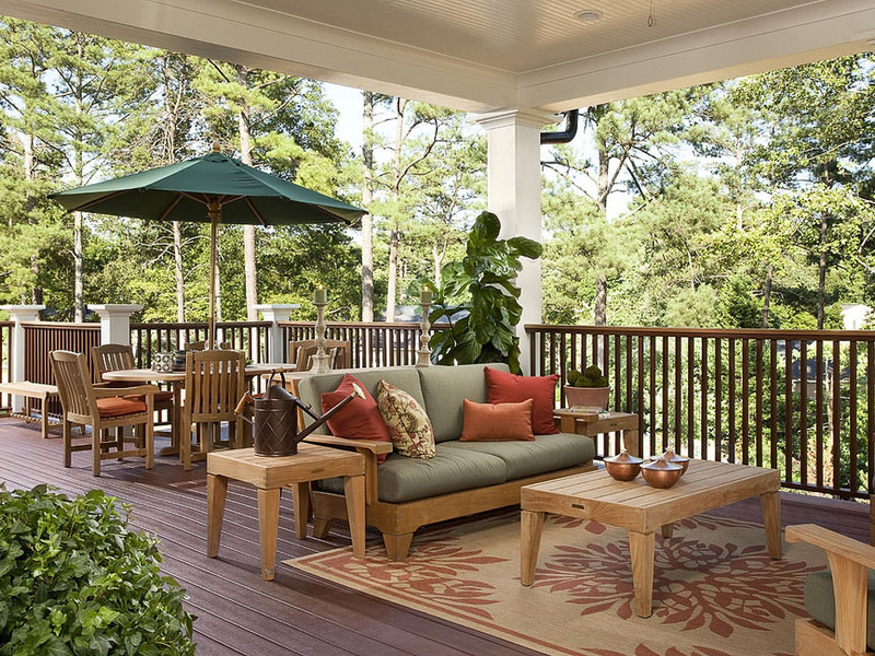 How To Choose The Right Furniture For Your Composite Deck