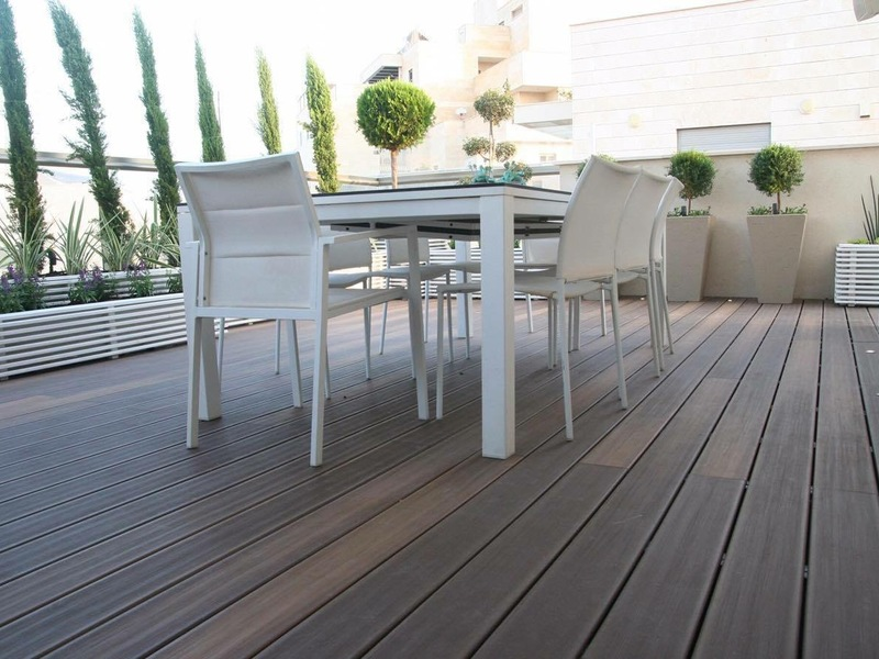 Replacing a deck is no easy project. But with the right strategy and details in mind, you'll be able to upgrade your deck in no time and enjoy it for years to come. Before...